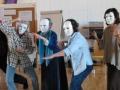 Masken aufsetzten und ablegen