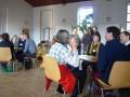 Zum gegenseitigen Kennenlernen trafen wir uns an verschiedenen Tischen des Weltcafé.